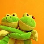 Dating-Frogs_thumb.jpg